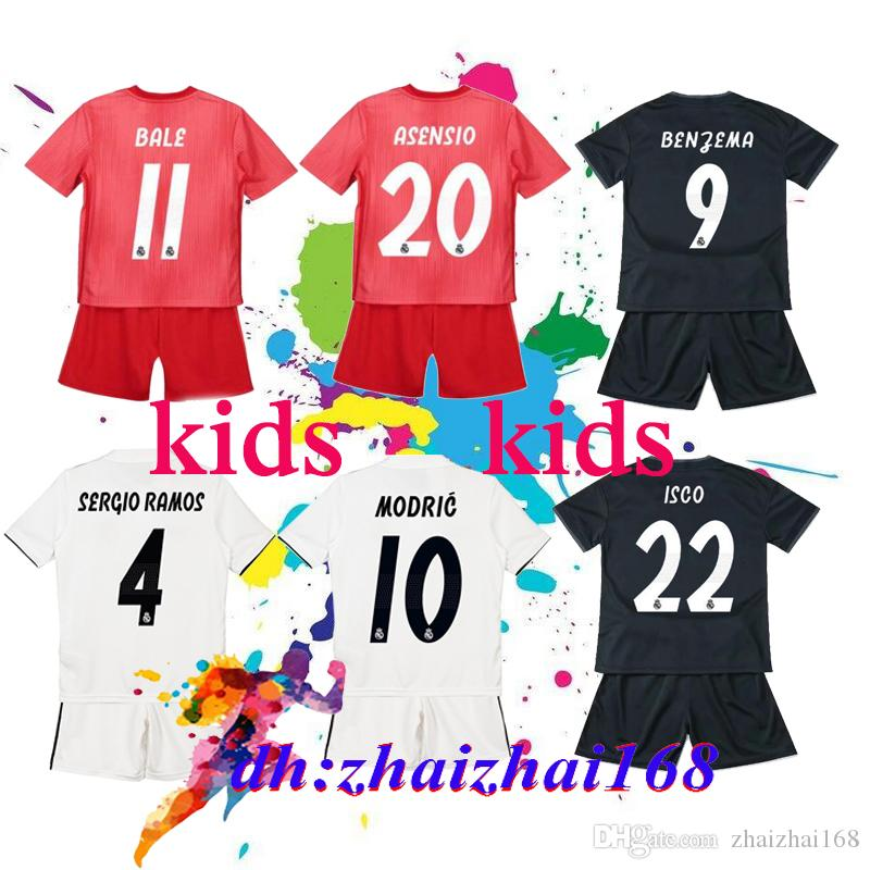 82710a5c9 2019 2019 Real Madrid Kids Kit Soccer Jersey 18 19 Home White Away 3RD Red  Boy Child Youth Mariano ISCO ASENSIO BALE KROOS Football Shirts From  Zhaizhai168