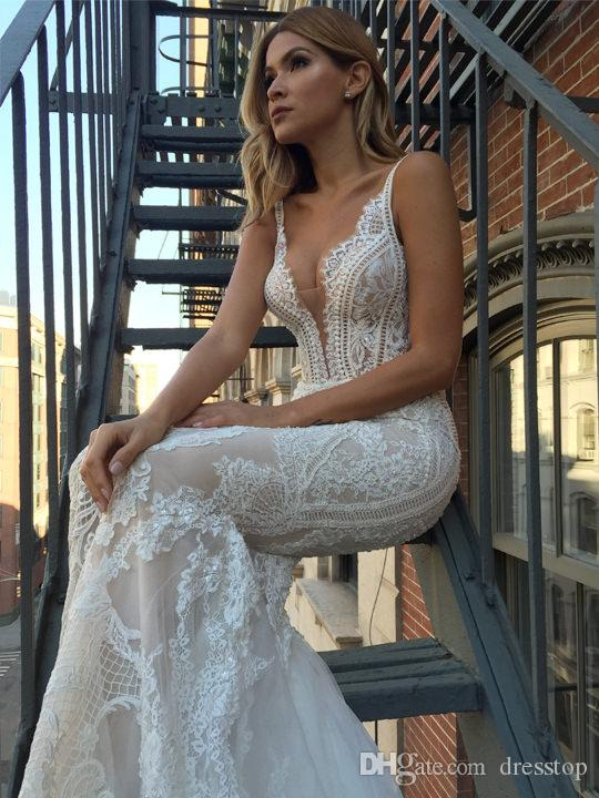 Pallas Couture moderne Robes De Mariée Sirène Plongeant Cou Cou Dos Nu En Dentelle Robes De Mariée Plus La Taille robe de mariée Robe De Mariage De Plage