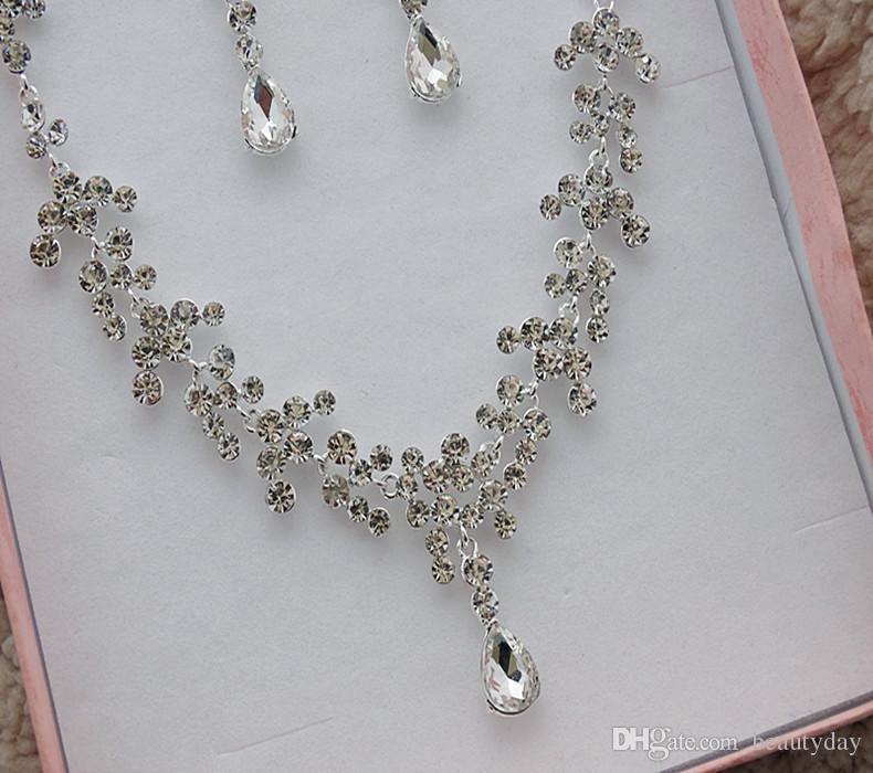 한국어 스타일 귀걸이 목걸이 세트 저렴한 할인 판매 스파클링 라인 석 크리스탈 꽃은 귀걸이 브라 파티 신부 쥬얼리를 관통