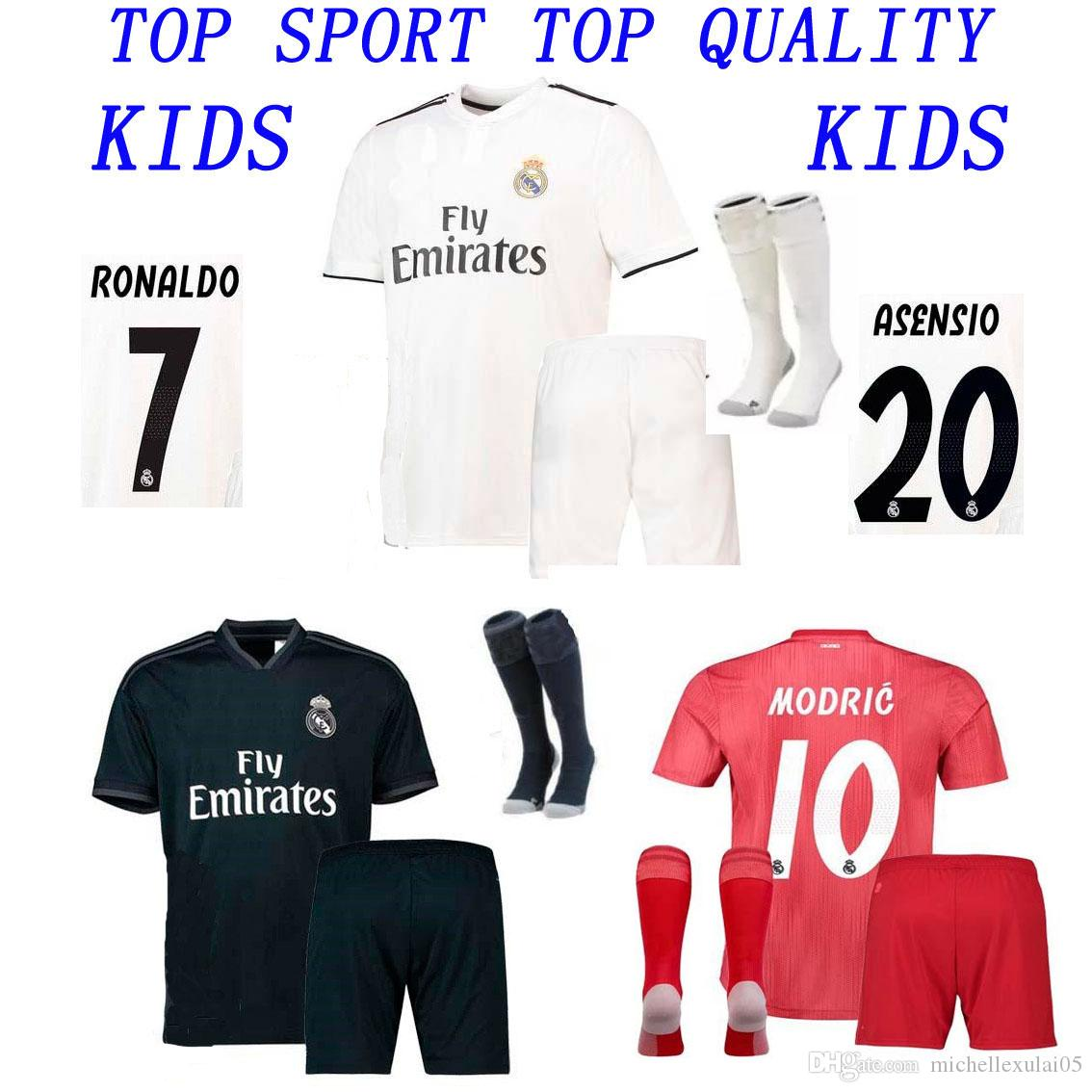 215f1e41bdc 2019 18 19 Kid Kit Real Madrid Soccer Jersey 2018/19 Boys Soccer Sets Bale  ISCO KROOS MODRIC Football Shirts Child Football Jersey Shorts Sock From ...