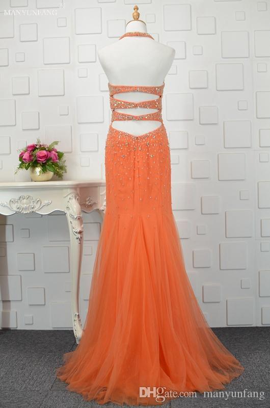 2018 Hot Sale Women Formal Evening Dresses with Cape Crew Sheath Court Train Coral Halter Neck Robe De Soiree Major Beading Evening Dresses
