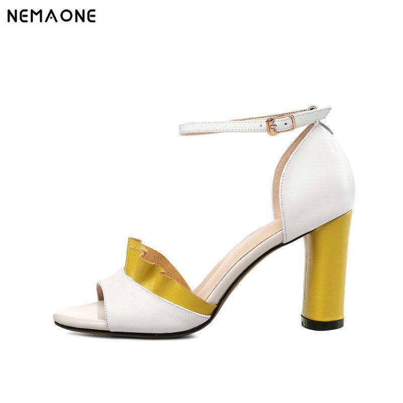 5cdeb1be9bfa2c Großhandel Großhandel Echtes Leder Schuhe Frauen Sandalen Peep Toe High  Heels Echtes Leder Sandalen Süße Damen Schuhe Weiß Größe 41 42 43 Von  Baby108