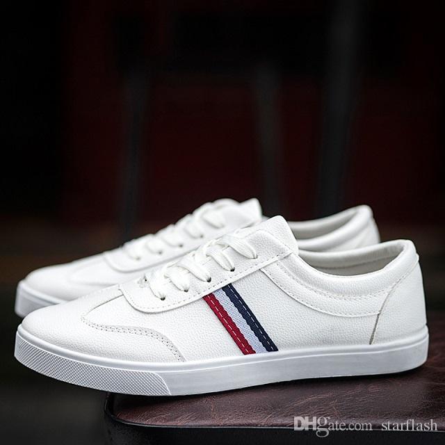 2d89f3683 Compre Novo 2018 Moda Sapatos De Luxo Homens Sapatilhas Dos Homens Low Top  Marca De Couro Branco Sapatos Casuais Sapatos Casuais Marca De Designer  Calçado Q ...