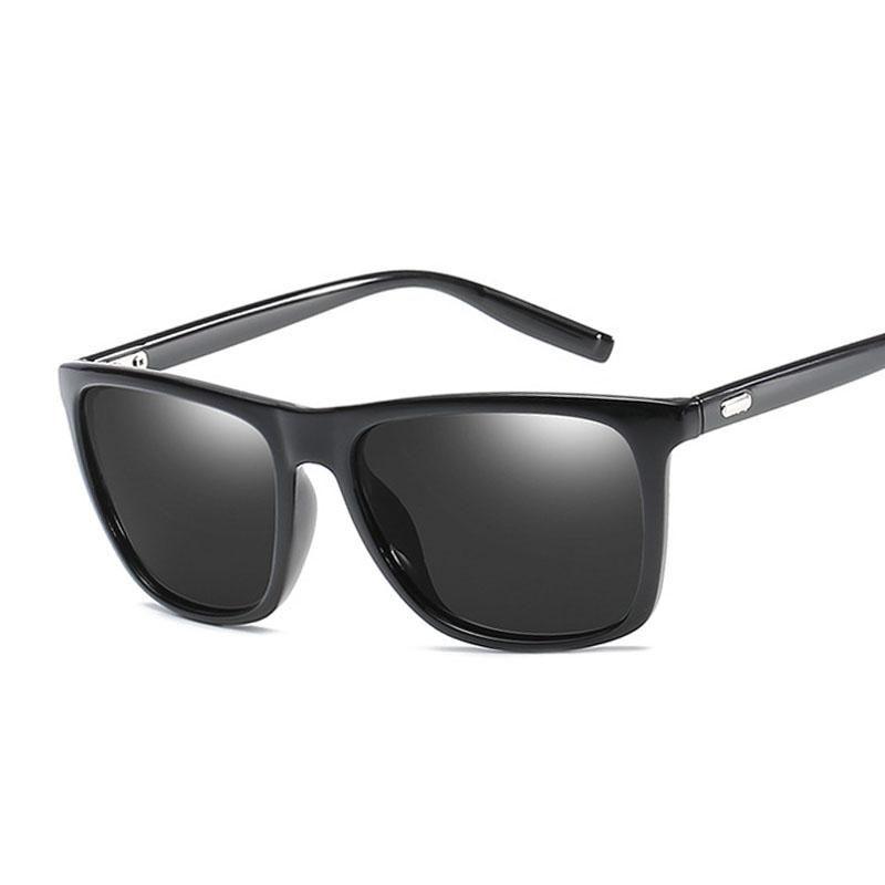 84b49fb4b19e1 Compre Polaroid Óculos De Sol Unisex Quadrado Do Vintage Óculos De Sol  Famosa Marca Sunglases Polarizada Óculos De Sol Retro Feminino Para  Mulheres Homens ...