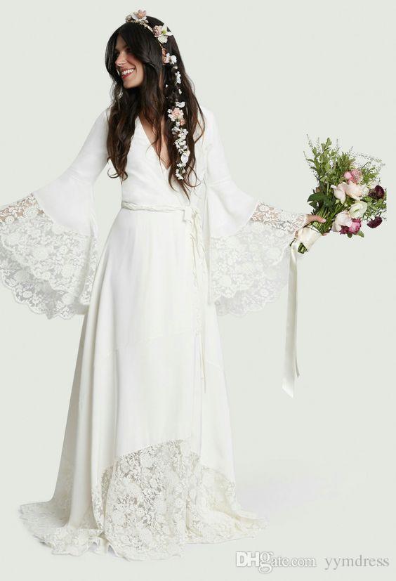 Beach Wedding Dresses 2018 Chic Boho Bohemian Long Bell Sleeve Lace Flower Bridal Gowns Plus Size Hippie Wedding Dress Custom made