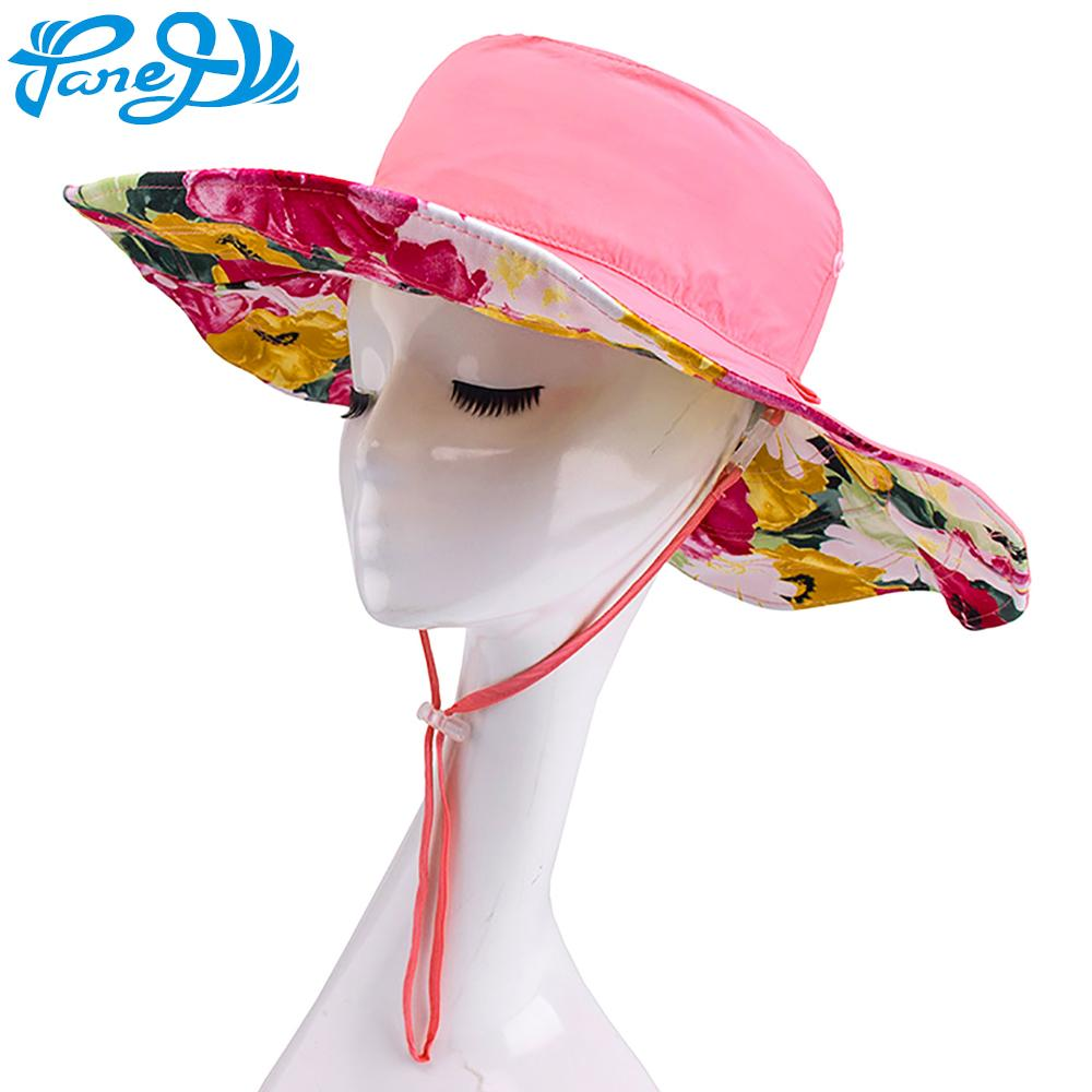2019 New Women Sun Hat Printed Floral Beach Hat Girls Reversible Wide Brim  UV Protection For Outdoor Camping Hiking Foldaway Cap From Marigolder 890b3516c8e