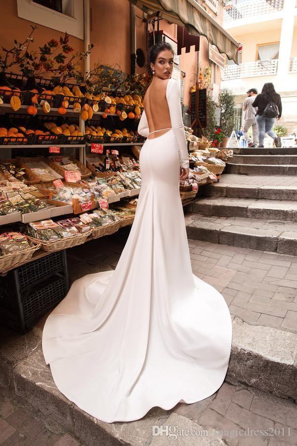 Sirena 2019 Vestidos de novia de satén Sin espalda Joya Cuello Tren de barrido Elegantes vestidos de boda de país Vestido de manga larga de playa Vestido formal