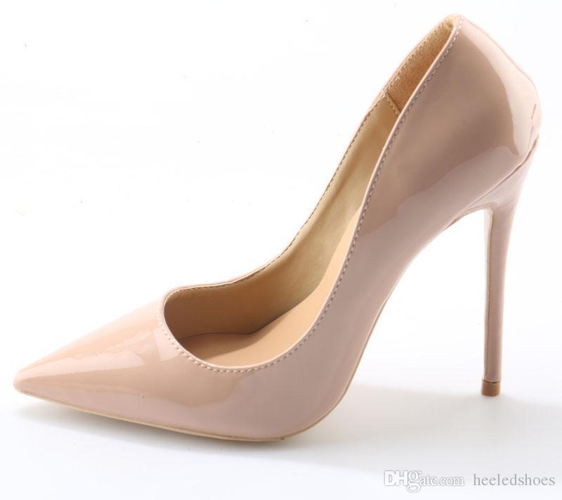 38d9b0f7b06fb Compre Sexy Ladies Simple Negro   Nude Sólido Patentes Únicas Bombas Tacones  De Aguja Tacones Altos Vestido Bombas Punta Estrecha Mujer Fiesta Zapatos  De ...