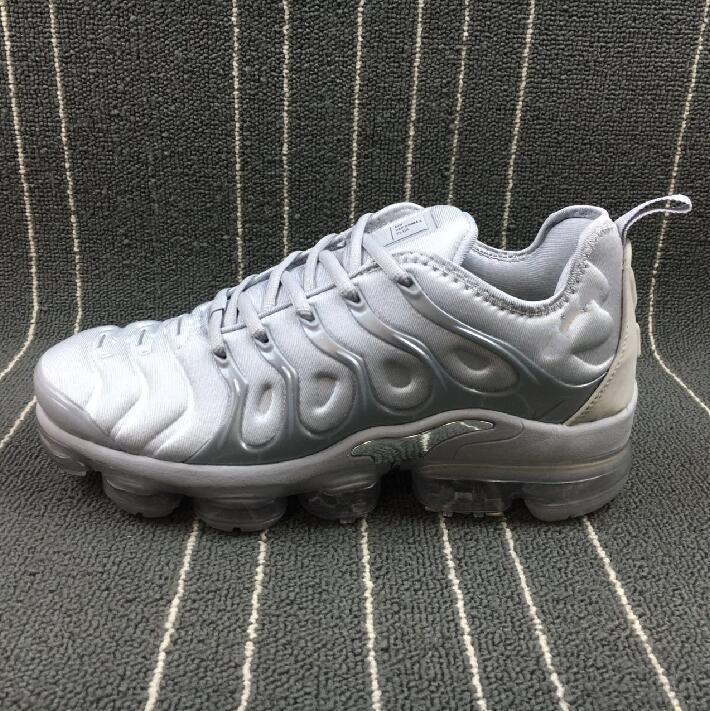 [With Box] Vapormax TN Plus Olive In Metallic Silver Colorways Shoes Men Shoes For Running Male Shoe Pack Triple Black Mens airs Shoes outlet good selling clearance 2015 new with paypal prices sale online buy cheap view e0xSEe6N