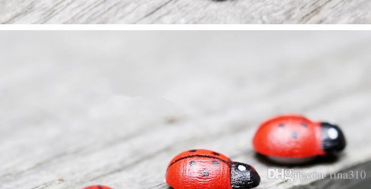 Vente chaude en bois mini Coccinelle De Bande Dessinée petite coccinelle décoration enfants Jouets DIY micro-paysage multi-viande décoration T3I0129