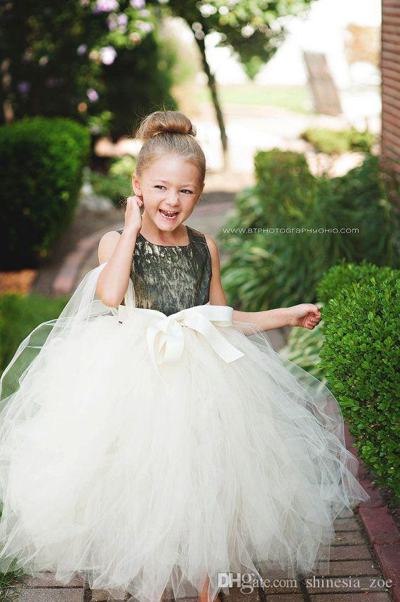 Camo Flower Girl Dresses Ball Gown Shape Tulle Bow Crew Neckline Floor Length Long Kids Formal Dress 2017 Winter Camo Wedding Dress
