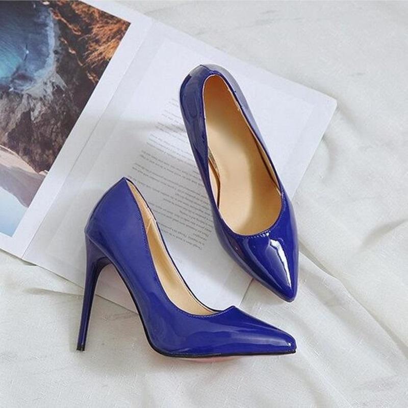 Großhandel Sexy Spitzschuh High Heel Pumps Heißer Verkauf Lackleder Party  Schuhe Mode Flach Frauen Dünne Heels Schuhe Freies Verschiffen Von  Onlinetrade8, ... a433105e19