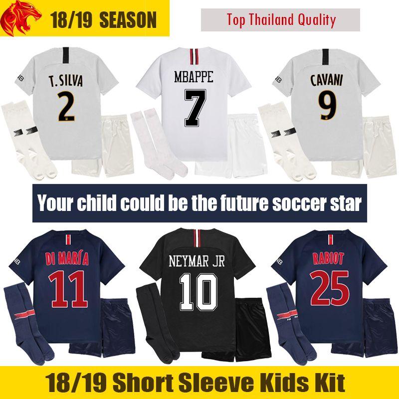 Compre 18 19 PSG Niños Camisetas De Fútbol Paris Saint Germain 2018 2019  Paris MBAPPE Niños Kit CAVANI NEYMAR JR Niños Uniforme De Fútbol VERRATTI  DI MARIA ... 2da42f2237be8
