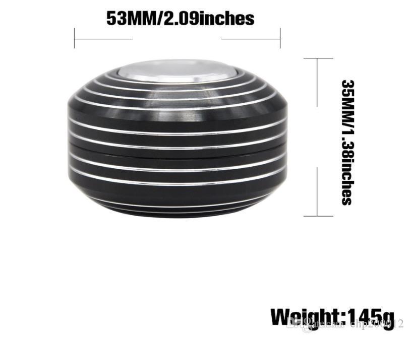 Um novo tipo de isqueiro, ponta do dedo giroscópio, camada de diâmetro 53MM2, dedo da liga de alumínio, pressione o moinho de fumaça giroscópio.
