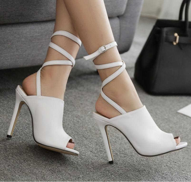2510257a45a Compre 2018 Nova Primavera Europeu Sexy Bandage Moda Salto Alto Sandálias  De Peixe Boca Oco Das Mulheres Sapatos De Jingjingxiedian3
