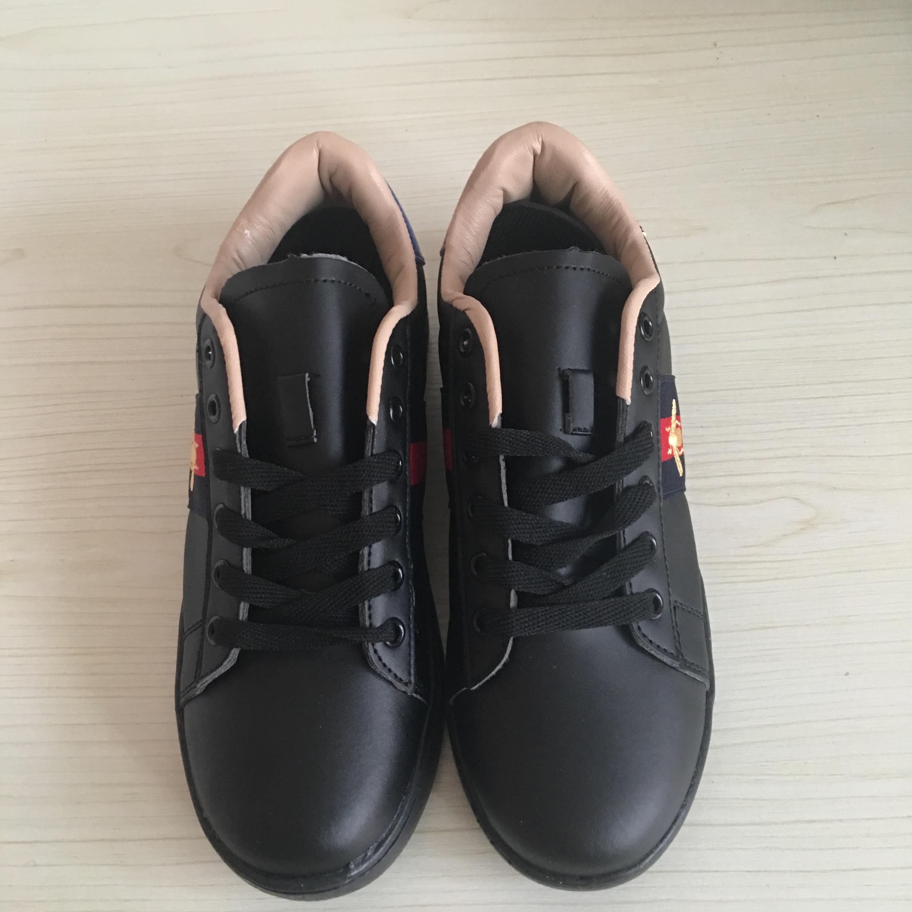 Marque Femmes Casual Abeille Chaussures Plat Luxe Hommes Automne Zapatos Ace Petites Pour Broderie De Mode Blanches Baskets 1JK3TcuFl5