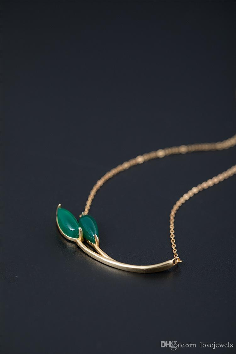 925 silver natural green chalcedony pendant female personality folk style short Sterling Silver Pendant Necklace bud branch chain clavicle
