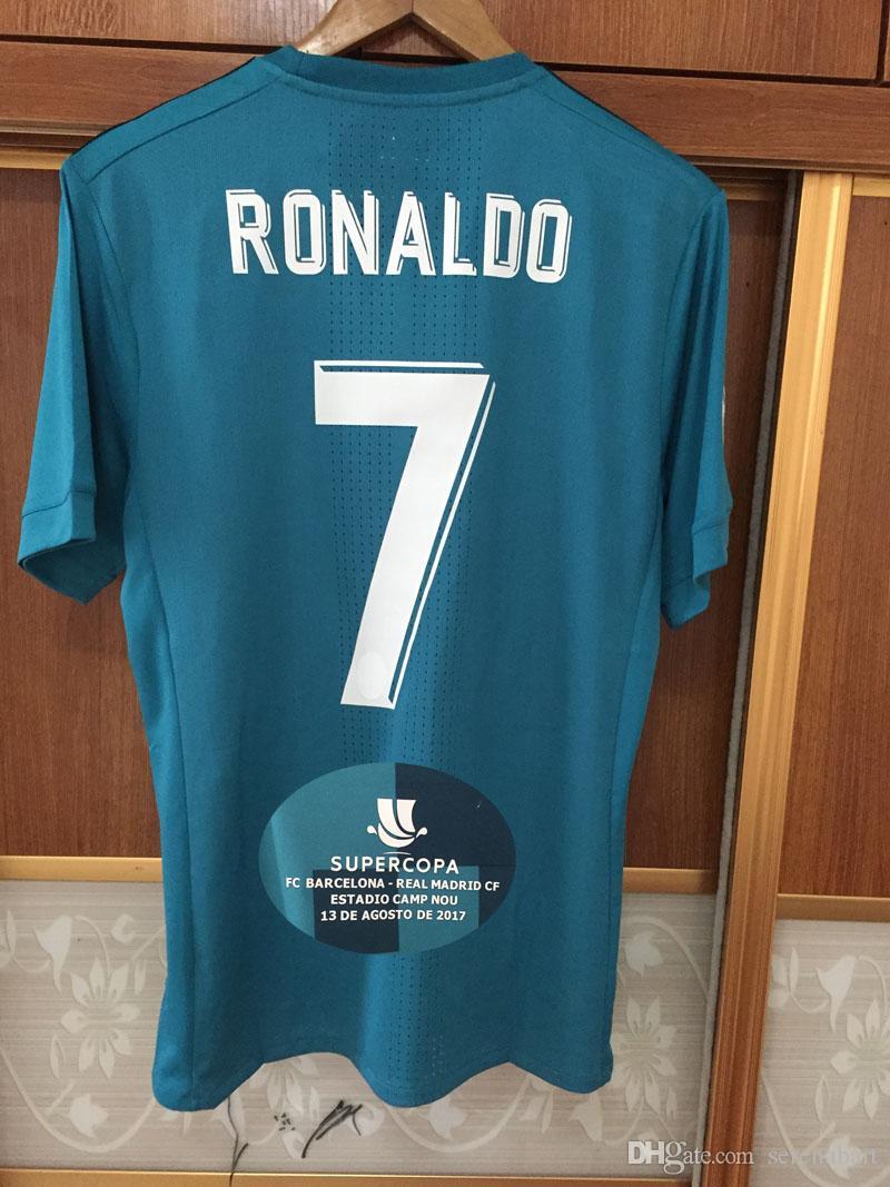 Acheter 2017 Espagne Supercopa Match Maillot Joueur Issue Jersey Ronaldo  ISCO Modric Kroos Benzema Marcelo Avec Patch Complet Domicile Extérieur  Maillot De ... 910c293383f4d