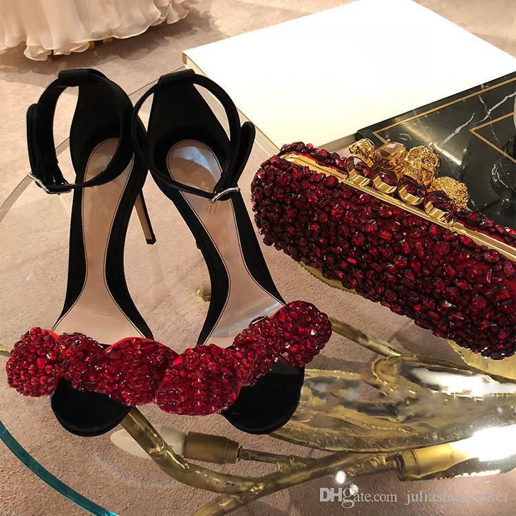 Yaz Kadın Ayak Bileği Kayışı Sandalet Kristal Düğün Ayakkabı Yüksek Topuklu Stiletto Lüks Büyük Papyon Rhinestone Seksi Parti Elbise Ayakkabı Kad ...