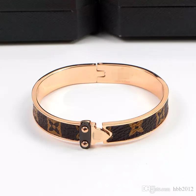 Mode Clsssic Schmuck 6 Arten Armreif für Frauen Gold überzogene 316L Edelstahl V Liebe Armbänder