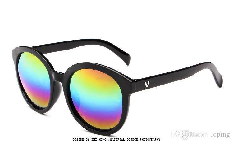 Ücretsiz kargo Marka tasarımcısı Güneş Vintage Spor Kadınlar ve Erkekler Için Güneş Gözlüğü Polarize lens pilot Moda Güneş ...