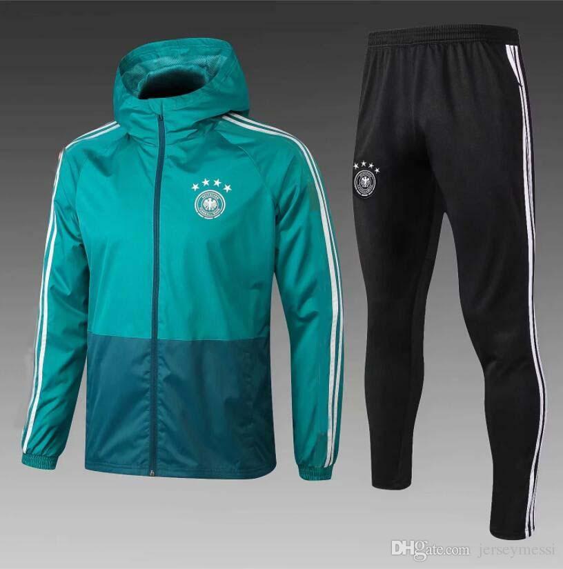 Compre Nueva Chaqueta De Fútbol 2019 MULLER Bayern Munich 18   19ROBBEN  Uniforme De Fútbol Rojo JAMES LEWANDOWSKI Uniforme De Fútbol A  51.74 Del  ... 332929740c702