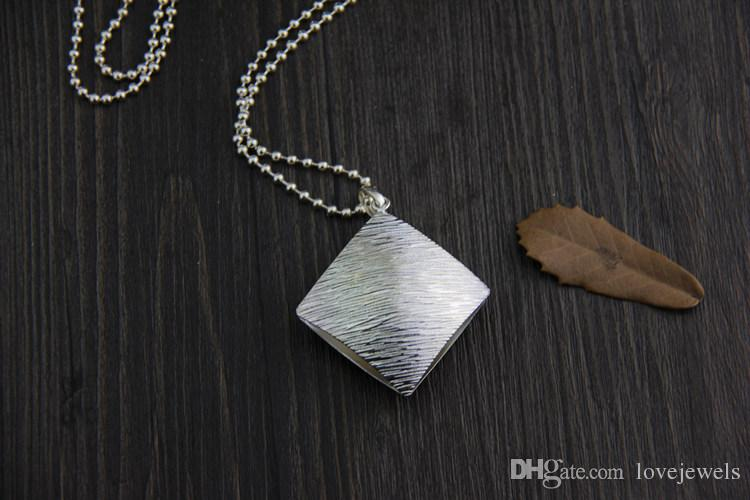 designer jewelry vintage 925 sterling silver pendant handmade charm Brushed sweater chain pendant female square fashion pendant china direct