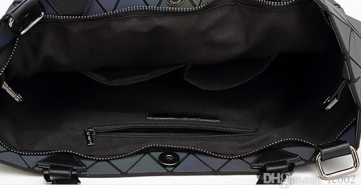 Luminous bags Women Geometry lattic Sequins Mirror Saser Plain Folding Bags Casual Tote bag Hologram Free Shipping