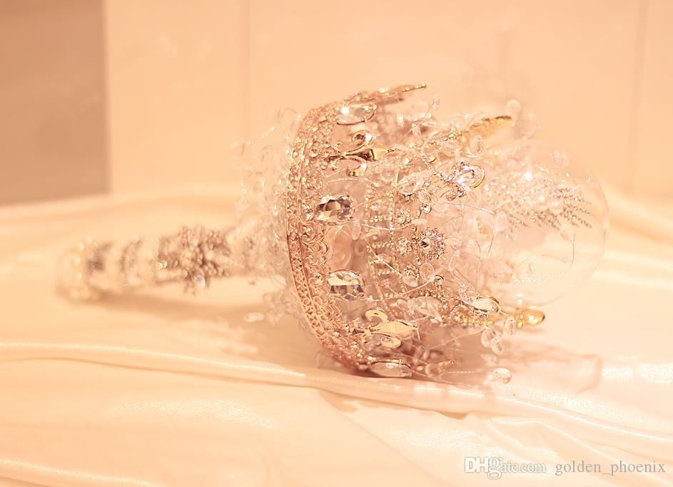 2018 yeni özel altın taç kek gelin çiçek tutan mimari gotik kristal top buketleri