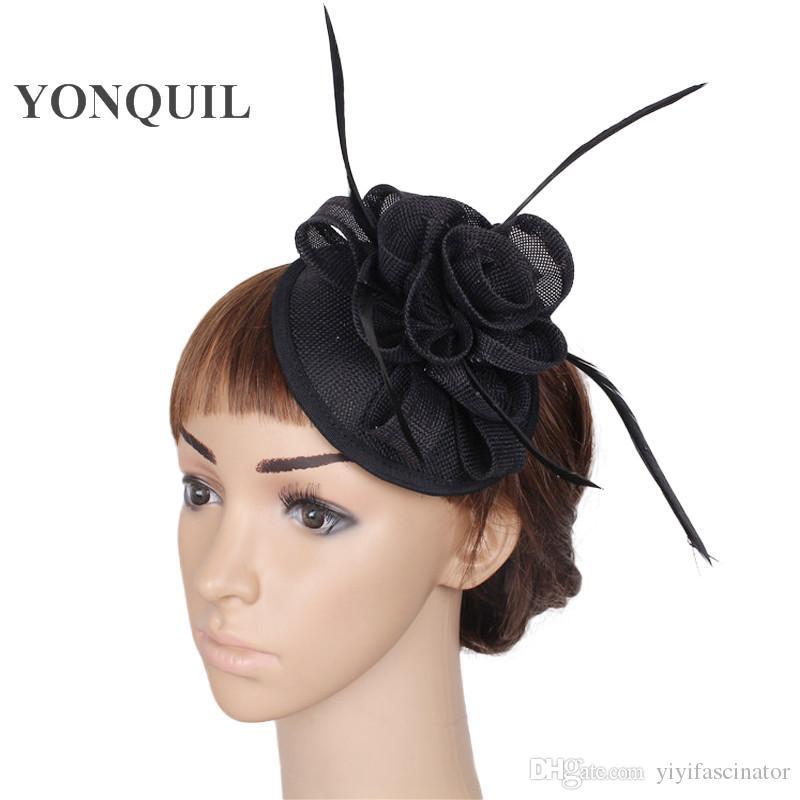 8056474680cc1 Compre Verano Fedora Blanco Pastillero Negro Sombreros Diademas De La Boda  Fascinator Casarse Con Sombrero De Cóctel Con Pinzas Para El Cabello Damas  ...