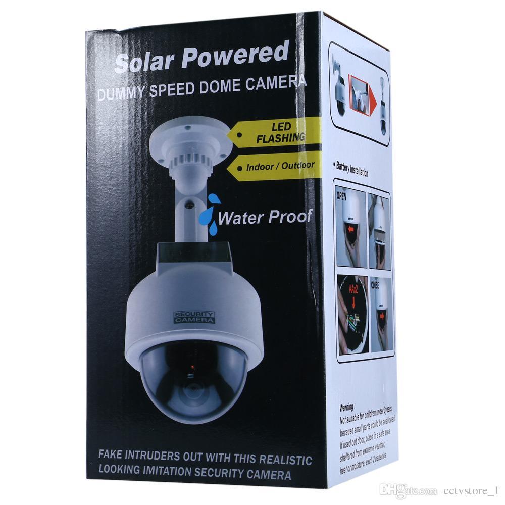 الطاقة الشمسية واقعية دوم دوم كاميرا للماء مراقبة كاميرا الأمن وهمية مع ملصق cctv وامض أحمر ضوء LED