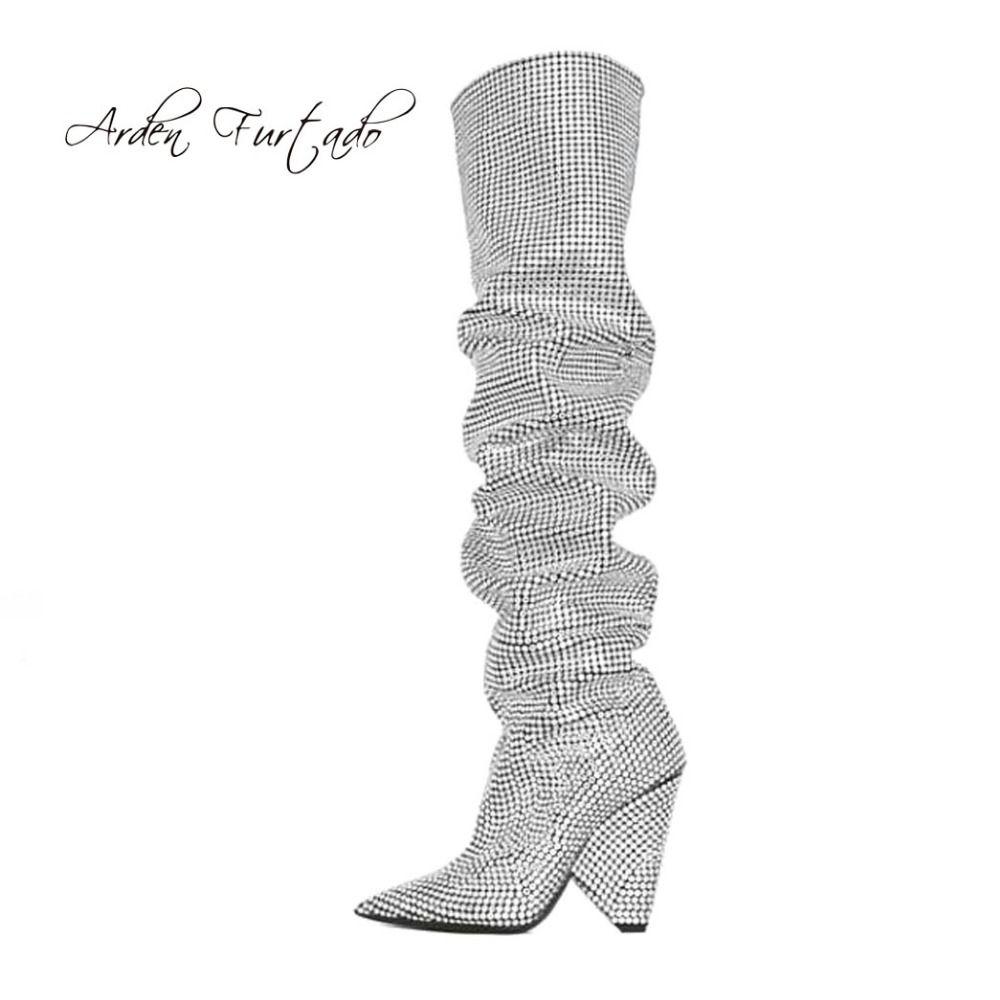 d1d51731 Compre Arden Furtado 2018 Otoño Invierno Moda Cono Tacones Tacones Altos 10  Cm De Tela Con Lentejuelas Rodilla Botas Altas Sexy Zapatos De Mujer A  $127.62 ...
