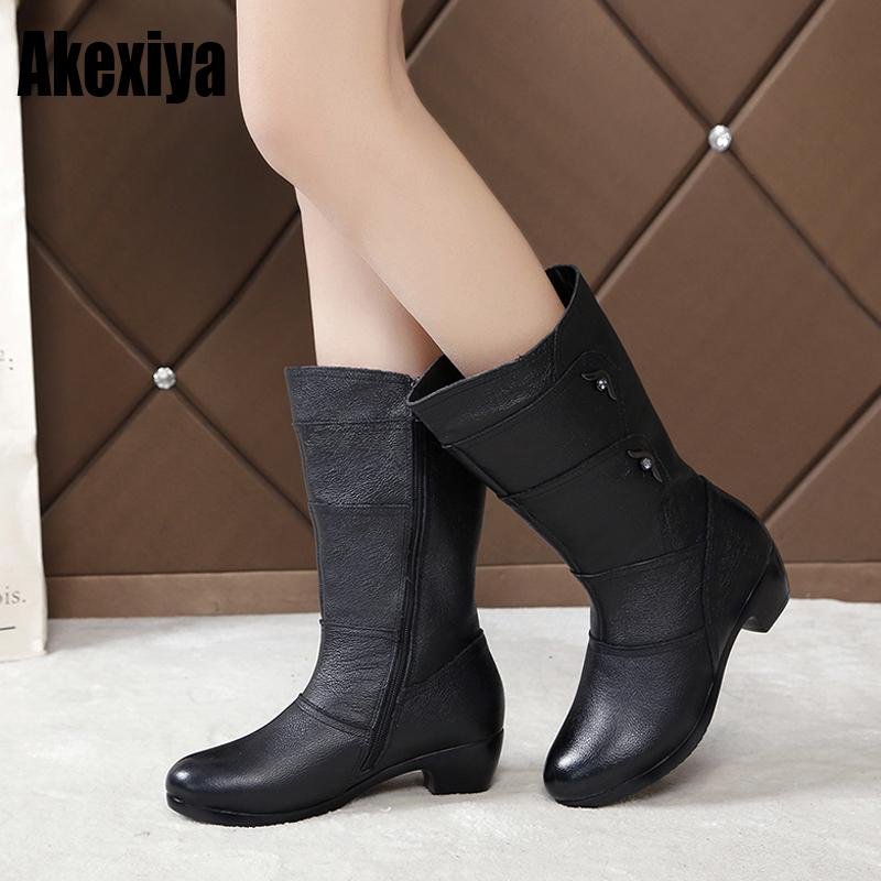 ad15b6b6f47 Woman boots high-heeled 2019 the new motorcycle boots thick warm winter  female fashion Middle leg size 35-42 y1082