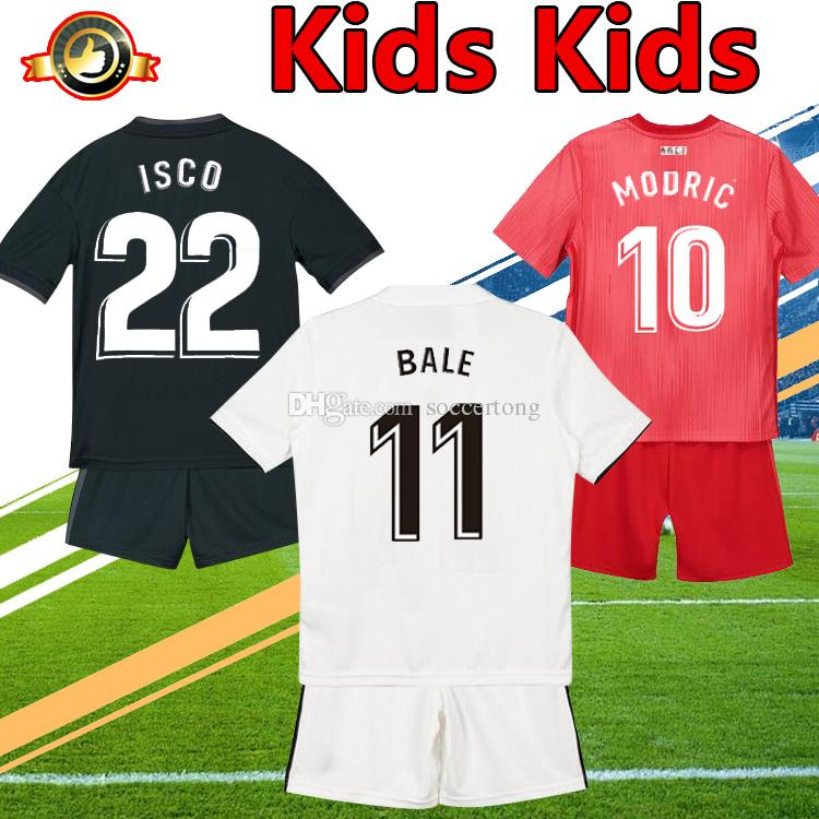 c8d33bc9024 Kids Kit 2019 Real Madrid Soccer Jersey Home Away Third Boy Football ...