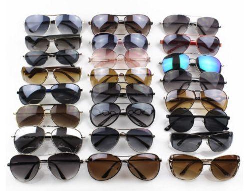 5461e5fc99 New Fashion Classic Sunglasses Attitude Sunglasses Gold Frame Square Metal  Frame Vintage Style Outdoor Design Classical Model Glasses Online Polarized  ...