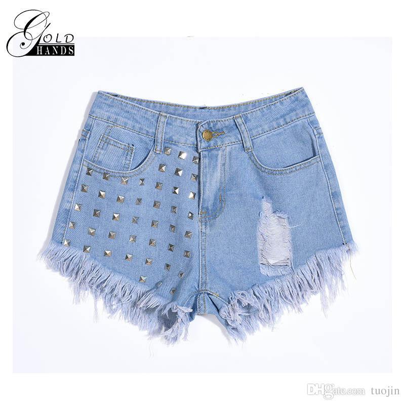 a0efc18480 Pantaloncini corti in oro a vita alta Pantaloncini in denim a vita alta  Pantaloncini corti in denim nero da donna