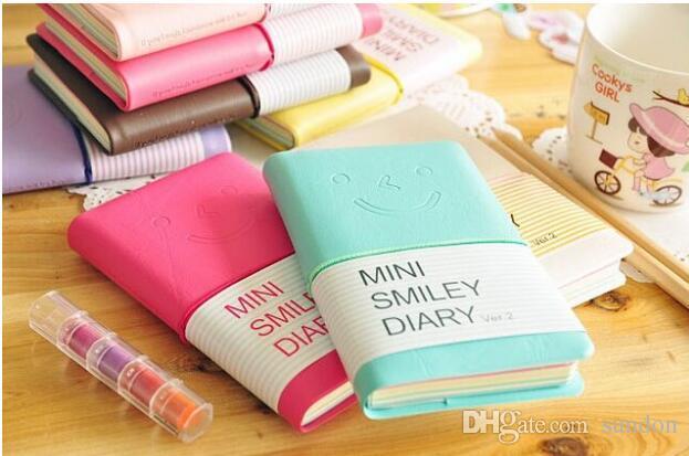 Sevimli Renkli Mini Gülümseme Deri Dizüstü 8 *. 10 CM 180 Levhalar için Öğrenci cep not defterleri Moda Günlüğü Iş ofis kitap