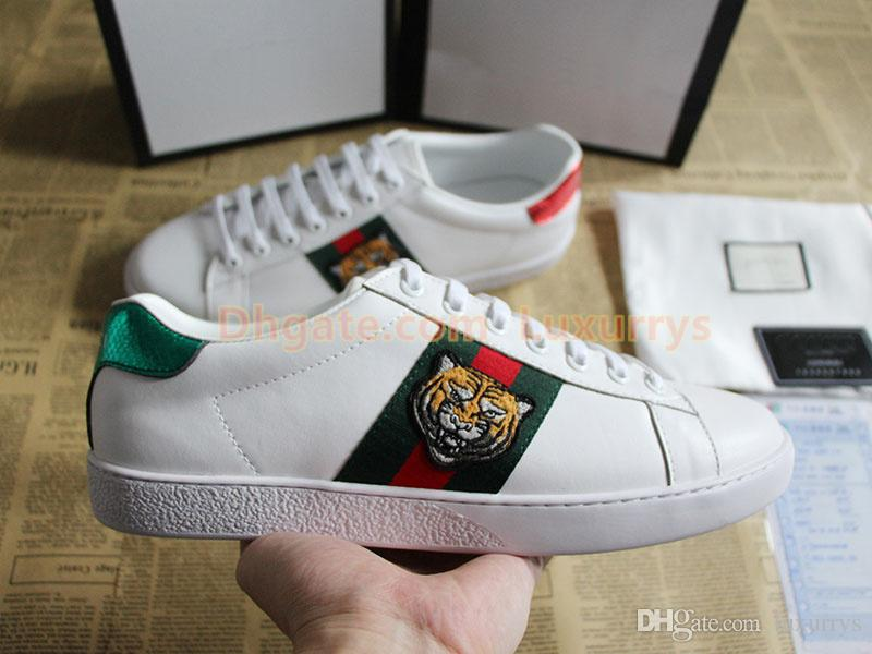 4ee25966b1ac Acheter Top Qualité Designer Chaussures New Ace Brodé Blanc Tigre Noir  Cadeau En Cuir Véritable Designer Sneaker Luxe Marque Hommes Femmes  Chaussures De ...