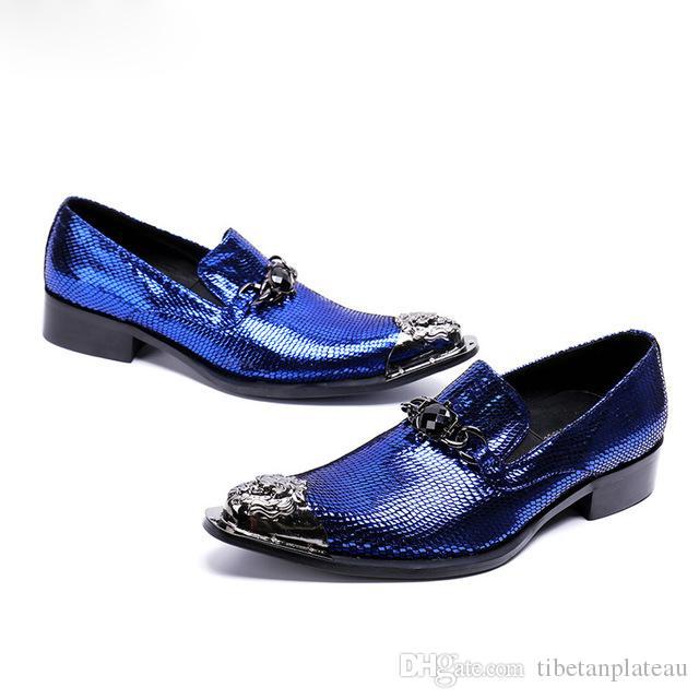 157944aae8 Compre Clássico Sapato Social Masculino Azul Cravado Mocassins Sapatos  Oxford Para Homens Apontou Vestido De Biqueira De Aço Sapatos De Casamento  Homens ...