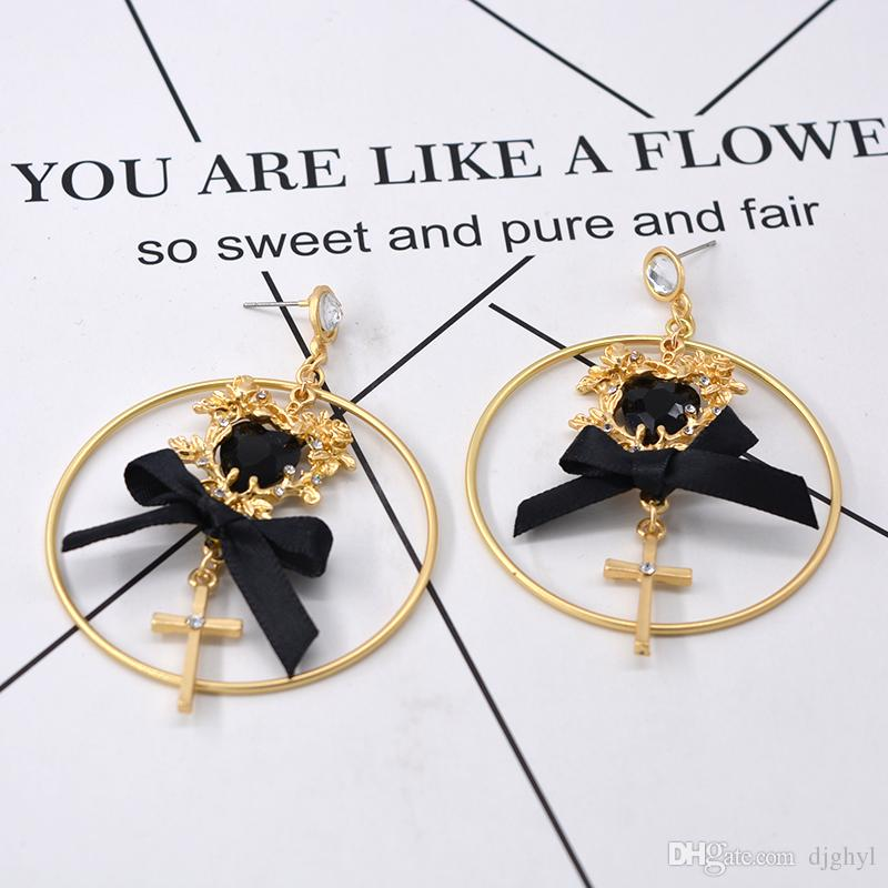 2018 retro Baroque angel Heart long earrings earrings female cross-border electricity business supply earrings jewelry