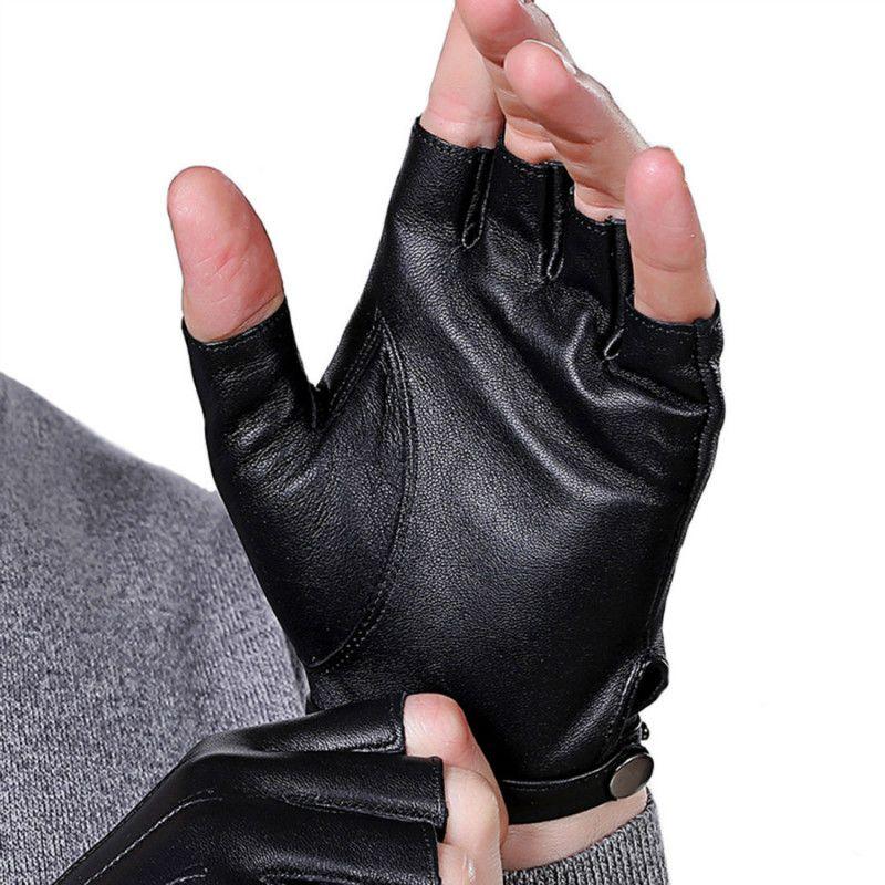 Guanti senza dita in pelle PU Punk Cool Uomo Fashion Classic Short Mezza Finger Guanti Motorcycle Cycling Outdoor Driving