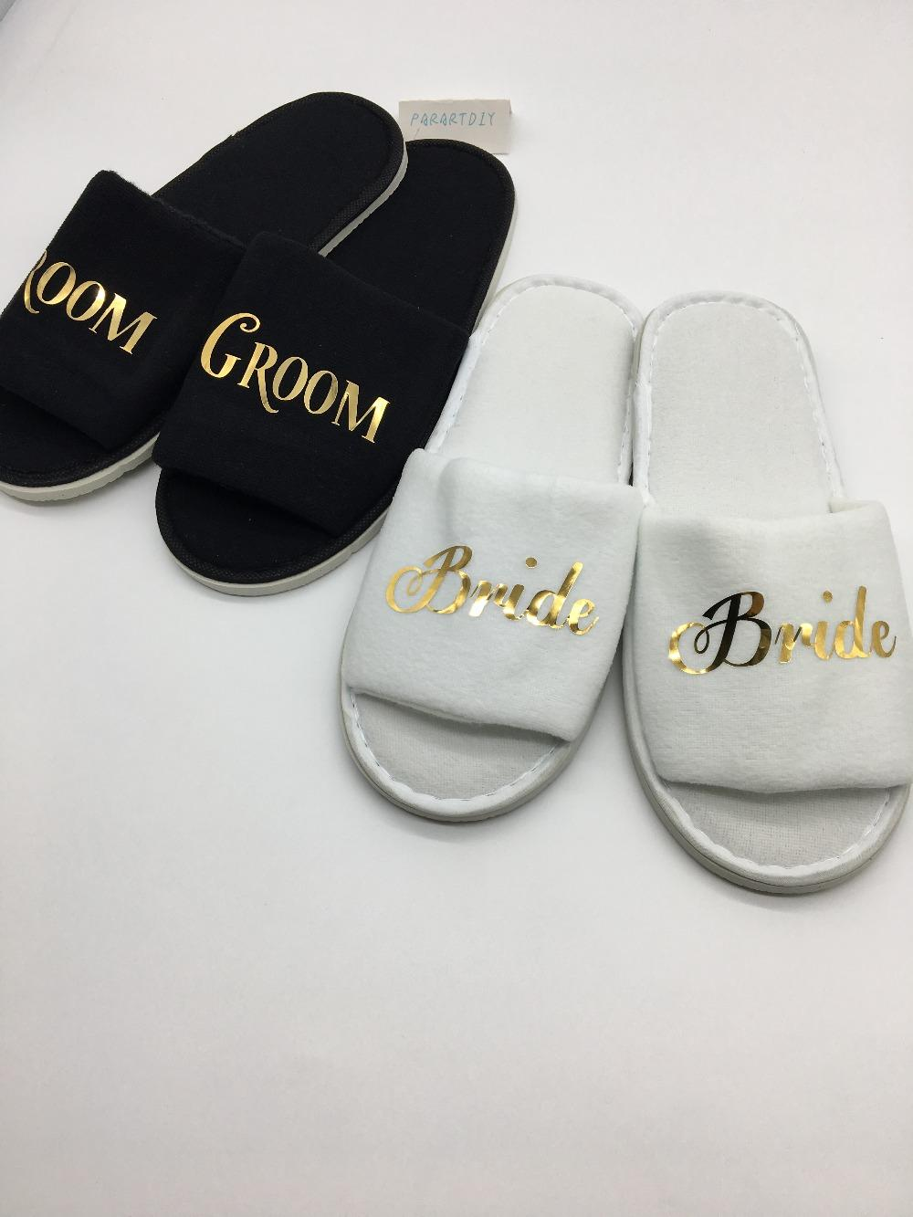 cd8912fdd1e9b1 Personalized Name Gold Bride Groom Wedding Slippers