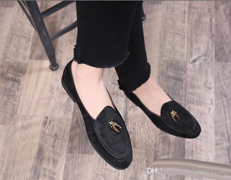 NEW style Fashion Genuine Designer Mens Dress Shoes Classic Slip On black Velvet Formal Shoes Men Footwear Wedding Business Shoe