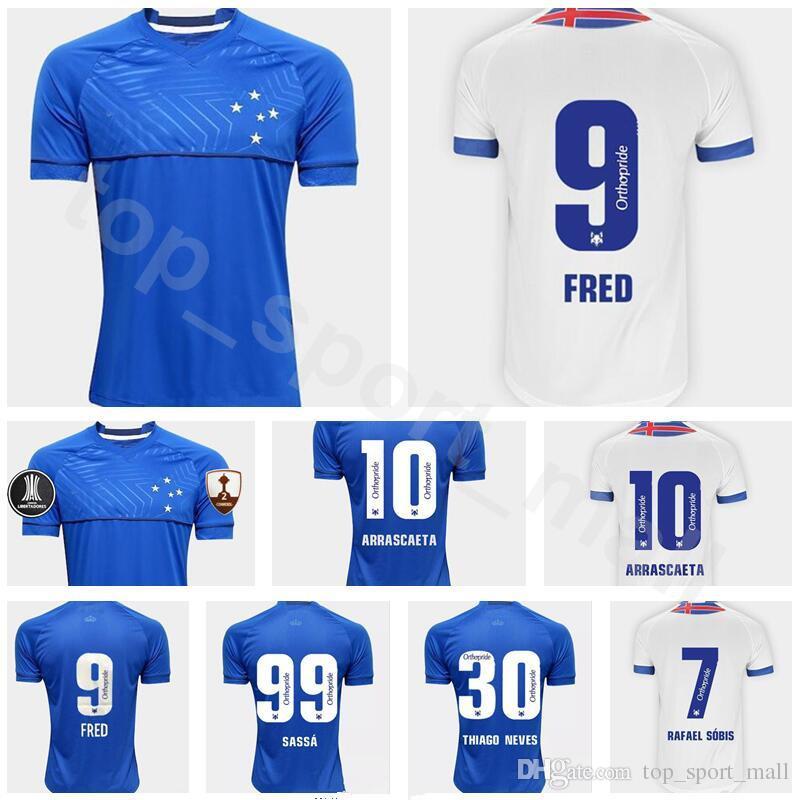 Compre FC Cruzeiro Jersey 2018 2019 Homens Futebol Azul Branco 9 FRED 10  ARRASCAETA 7 RAFAEL SOBIS 30 THIAGO NEVES Futebol Camisa Uniforme De  Top sport mall ... ac63e616414f7