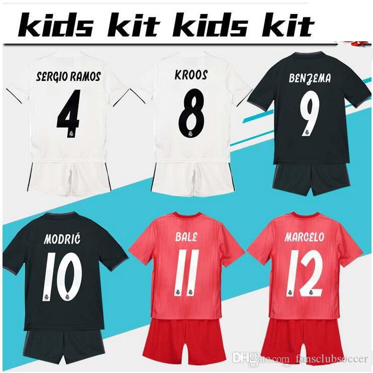 2019 2018 2019 Kids Kit Real Madrid Soccer Jersey 17 18 19 Youth Boy Child  Ronaldo Modric Kroos Sergio Ramos Bale Home Away ASENSIO ISCO Jersey From  ... ccb0d87b0