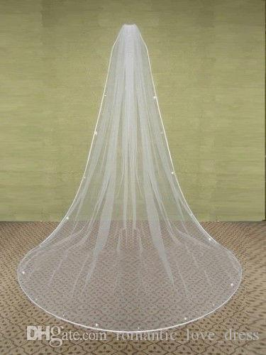2019 Hot Selling New White Ivory Long One Layer Tulle Wedding Veils Matched Comb Crystals Wedding Bridal Accessories A06