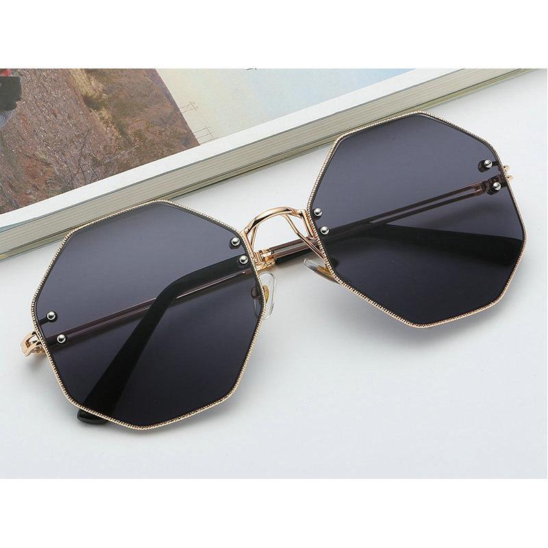 d53b8dd655c MINCL Big Vintage Polygon Sunglasses Female 2019 Octagon Tinted Clear Sun  Glasses For Women Men Metal Frame Uv400 With Box NX Cheap Sunglasses Mens  ...