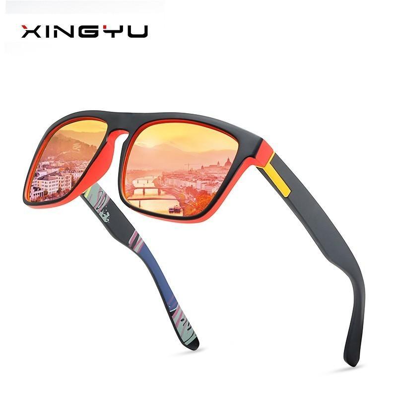 f93314e034 Compre 2018 Hombres Gafas De Sol De Luz Polarizada Square Sport Gafas De Sol  De Colores Gafas De Montura De PC Espejo Diseñador De La Marca De Lujo  UV400 A ...