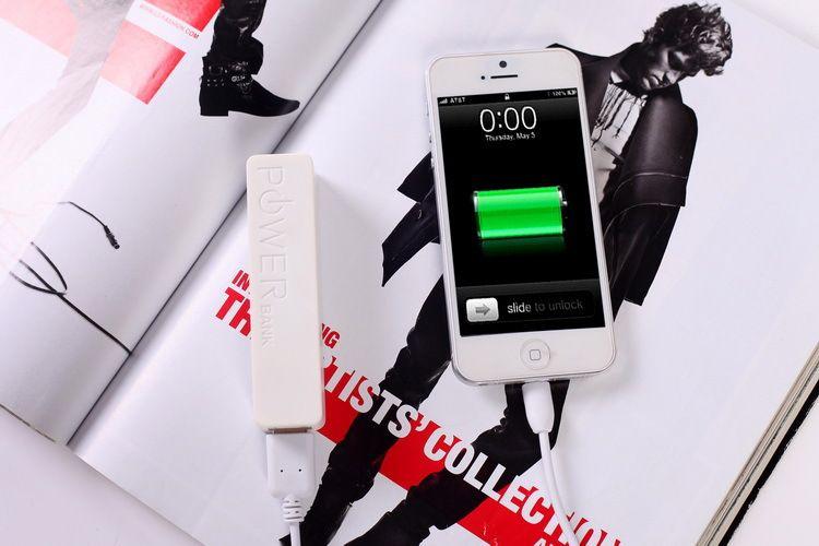 Mobil Güç Bankası Şarj 2600 mAh Parfüm III Kaynağı Harici Samsung HTC Samsung için Yedekleme Pil USB Güç Bankaları Şarj