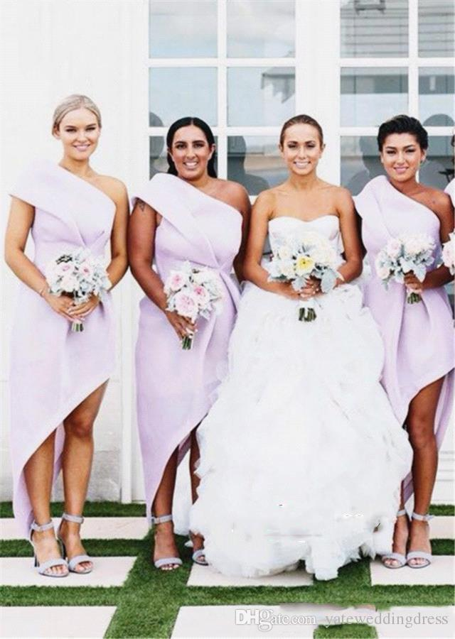 2018 One Shoulder Bridesmaid Dresses Light Lavender Ruffle Party Gowns Back Zipper Custom Made Formal Party Gowns Simple Fashion